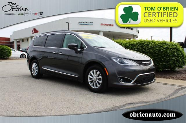 Pre-Owned 2017 Chrysler Pacifica Touring-L FWD