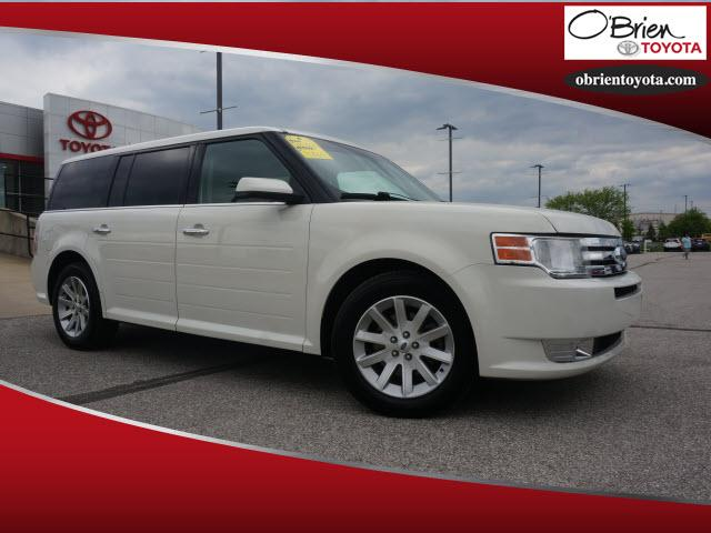 Pre-Owned 2010 Ford Flex 4dr SEL FWD