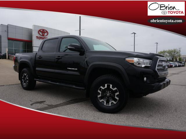 Certified Pre Owned 2017 Toyota Tacoma Trd Off Road Double Cab 5 Bed V6