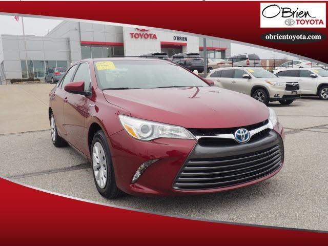 Pre-Owned 2017 Toyota Camry Hybrid LE CVT