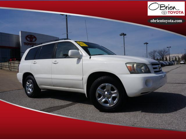 Pre-Owned 2004 Toyota Highlander 4dr 4-Cyl