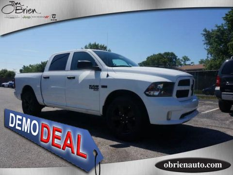 Pre-Owned 2019 Ram 1500 Classic Express 4x4 Crew Cab 5'7 Box