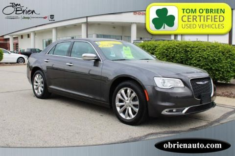 Pre-Owned 2019 Chrysler 300 Limited AWD
