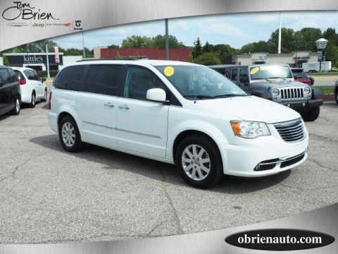 Pre-Owned 2016 Chrysler Town & Country 4dr Wgn Touring
