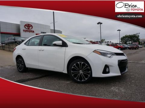 Pre-Owned 2015 Toyota Corolla 4dr Sdn CVT S Plus