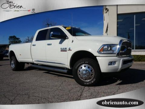 Pre-Owned 2017 Ram 3500 Limited 4x4 Crew Cab 8' Box