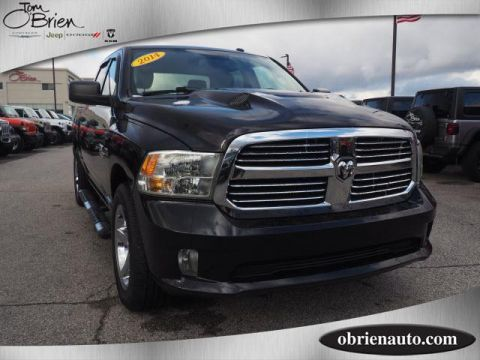 Pre-Owned 2014 Ram 1500 4WD Crew Cab 140.5 Express