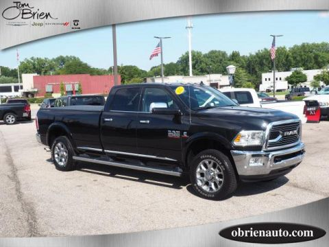 Pre-Owned 2017 Ram 3500 Limited 4x4 Crew Cab 8' Box Crew Cab Pickup