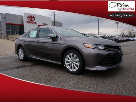 New 2018 Toyota Camry LE Auto
