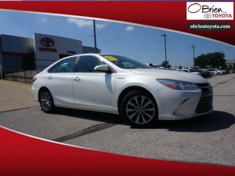 Pre-Owned 2015 Toyota Camry Hybrid 4dr Sdn XLE