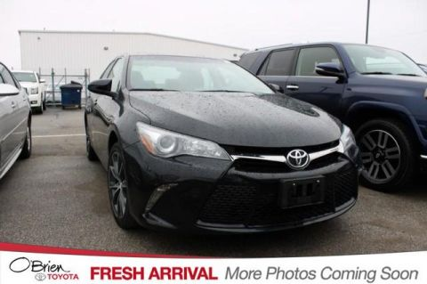 Pre-Owned 2017 Toyota Camry XSE Auto