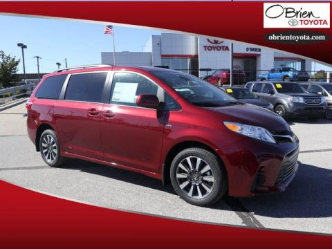 New 2019 Toyota Sienna LE AWD 7-Passenger